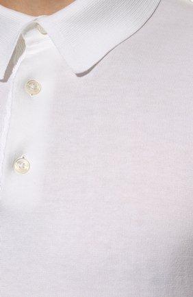 Мужское хлопковое поло TOM FORD белого цвета, арт. BWC00/TFKC33 | Фото 5 (Застежка: Пуговицы; Рукава: Короткие; Длина (для топов): Стандартные; Кросс-КТ: Трикотаж; Материал внешний: Хлопок; Стили: Кэжуэл)