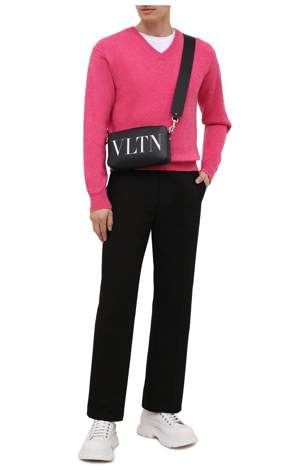 Мужской кашемировый свитер TOM FORD розового цвета, арт. BWK70/TFK100   Фото 2 (Материал внешний: Шерсть; Рукава: Длинные; Принт: Без принта; Длина (для топов): Стандартные; Стили: Романтичный)