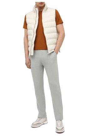 Мужские хлопковые брюки LORO PIANA светло-зеленого цвета, арт. FAL5985 | Фото 2 (Материал внешний: Хлопок; Длина (брюки, джинсы): Стандартные; Случай: Повседневный; Мужское Кросс-КТ: Брюки-трикотаж; Стили: Спорт-шик)