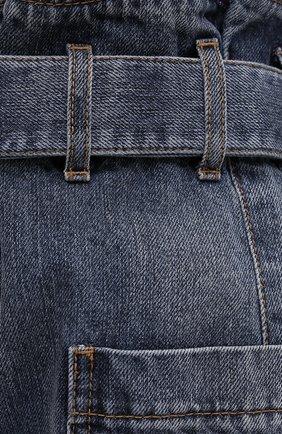 Женские джинсовые шорты BRUNELLO CUCINELLI темно-синего цвета, арт. MA095P5651 | Фото 5 (Женское Кросс-КТ: Шорты-одежда; Кросс-КТ: Деним; Длина Ж (юбки, платья, шорты): Мини; Стили: Гранж; Материал внешний: Хлопок)
