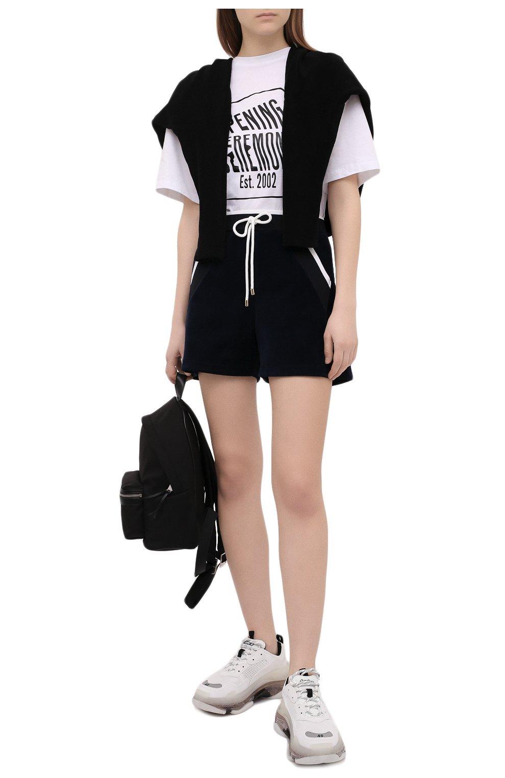 Женская хлопковая футболка OPENING CEREMONY белого цвета, арт. YWAA010S21JER001   Фото 2 (Рукава: Короткие; Длина (для топов): Стандартные; Принт: С принтом; Материал внешний: Хлопок; Стили: Спорт-шик; Женское Кросс-КТ: Футболка-одежда)