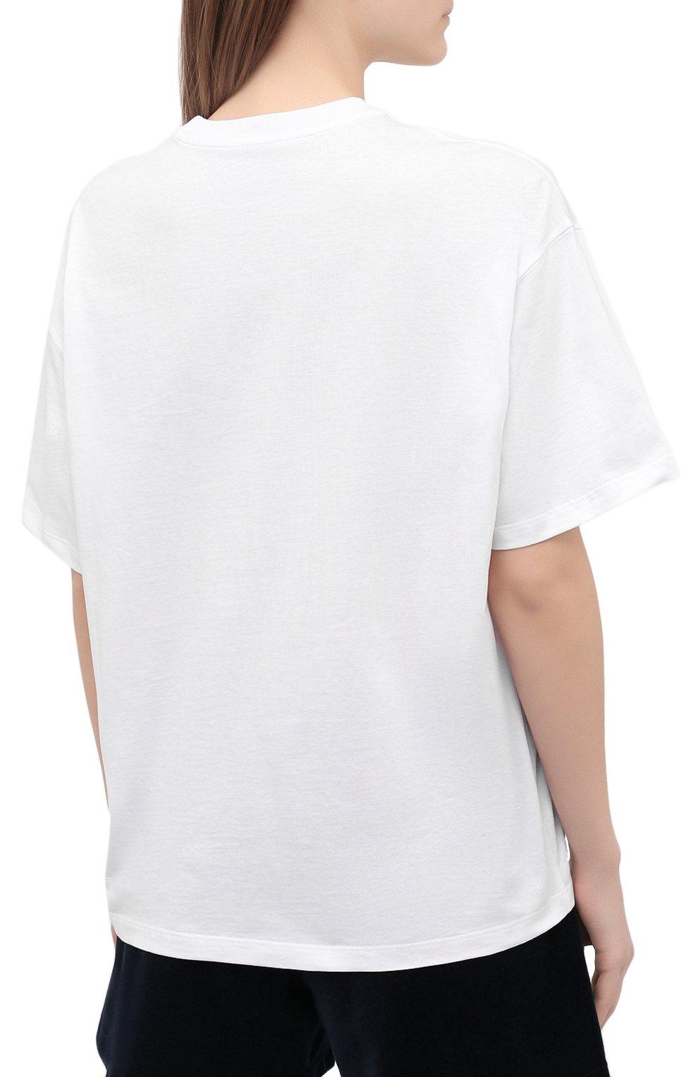 Женская хлопковая футболка OPENING CEREMONY белого цвета, арт. YWAA010S21JER001   Фото 4 (Рукава: Короткие; Длина (для топов): Стандартные; Принт: С принтом; Материал внешний: Хлопок; Стили: Спорт-шик; Женское Кросс-КТ: Футболка-одежда)