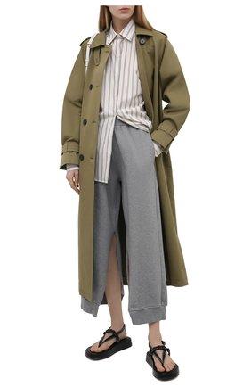 Женские хлопковые брюки MM6 серого цвета, арт. S52KA0249/S25337 | Фото 2