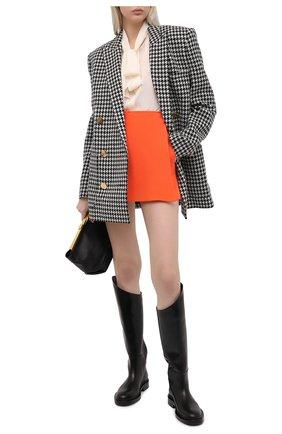 Женская юбка-шорты VALENTINO оранжевого цвета, арт. VB0RA7P06BS | Фото 2