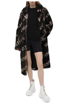 Женские шорты VERSACE черного цвета, арт. A88980/A101049 | Фото 2
