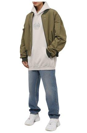 Мужской хлопковое худи BALENCIAGA светло-серого цвета, арт. 620973/TKV72 | Фото 2 (Рукава: Длинные; Материал внешний: Хлопок; Длина (для топов): Удлиненные; Мужское Кросс-КТ: Худи-одежда; Принт: С принтом; Стили: Гранж)