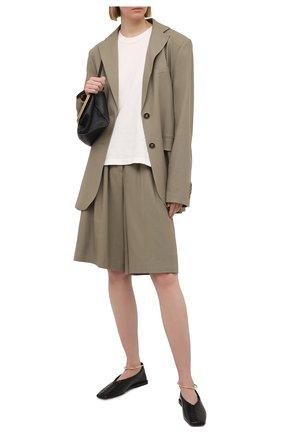Женские шорты LESYANEBO серого цвета, арт. SS21/Н-469/L_2 | Фото 2 (Материал внешний: Хлопок, Лен; Стили: Кэжуэл; Женское Кросс-КТ: Шорты-одежда; Кросс-КТ: Широкие; Длина Ж (юбки, платья, шорты): До колена)