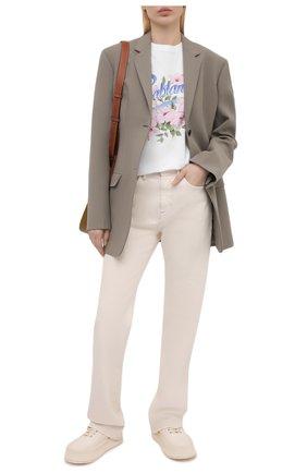 Женская хлопковая футболка CASABLANCA белого цвета, арт. WS21-TS-002 WHITE - HIBISCUS | Фото 2