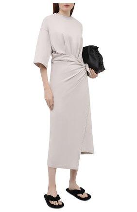 Женское хлопковое платье BALENCIAGA светло-серого цвета, арт. 659078/THV50 | Фото 2