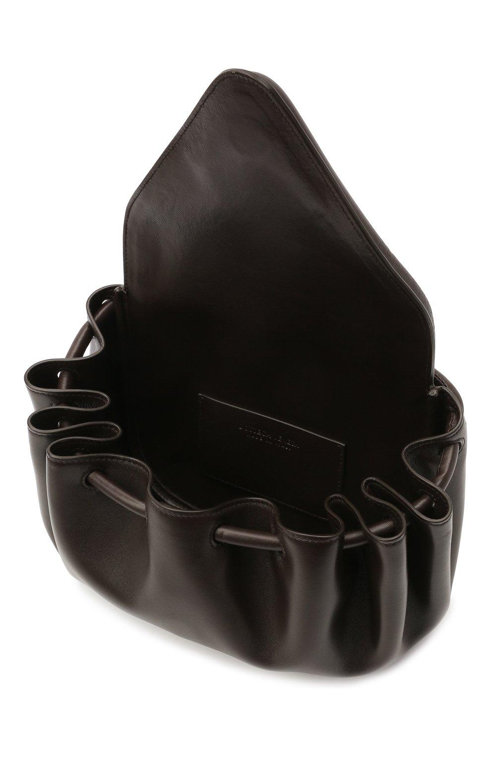 Женская сумка beak medium BOTTEGA VENETA темно-коричневого цвета, арт. 658523/VCP30   Фото 4 (Сумки-технические: Сумки через плечо; Размер: medium; Материал: Натуральная кожа)