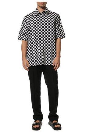 Мужские кожаные шлепанцы ALEXANDER MCQUEEN черного цвета, арт. 652664/WHXZE | Фото 2