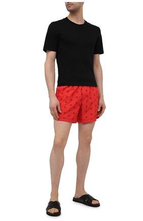 Мужские плавки-шорты GIORGIO ARMANI красного цвета, арт. 200375/1P929 | Фото 2