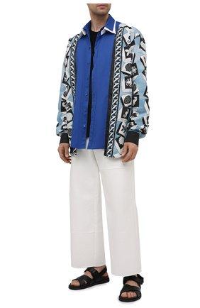 Мужская хлопковая рубашка DOLCE & GABBANA синего цвета, арт. G5IN2T/GEQ46 | Фото 2 (Рукава: Длинные; Длина (для топов): Стандартные; Материал внешний: Хлопок; Случай: Повседневный; Стили: Кэжуэл; Рубашки М: Classic Fit; Принт: С принтом; Манжеты: На пуговицах; Воротник: Кент)
