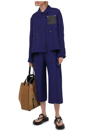 Женские брюки из вискозы и льна LOEWE синего цвета, арт. S540Y04X24 | Фото 2 (Силуэт Ж (брюки и джинсы): Широкие; Женское Кросс-КТ: Брюки-одежда; Материал внешний: Вискоза, Лен; Длина (брюки, джинсы): Укороченные; Стили: Спорт-шик)