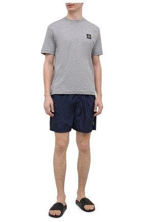 Мужские плавки-шорты STONE ISLAND темно-синего цвета, арт. 7415B0943 | Фото 2