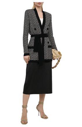 Женские кожаные босоножки ALEXANDER MCQUEEN бежевого цвета, арт. 651712/WHWQ1 | Фото 2 (Материал внутренний: Натуральная кожа; Каблук тип: Шпилька; Подошва: Плоская; Каблук высота: Высокий)
