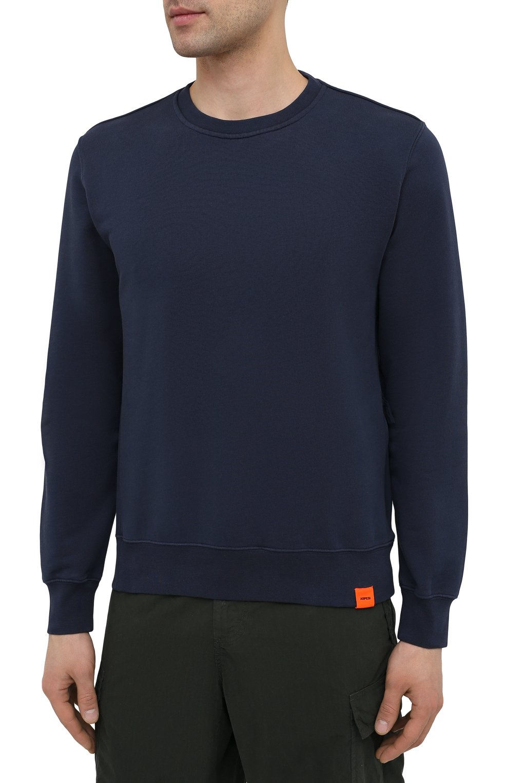 Мужской хлопковый свитшот ASPESI темно-синего цвета, арт. S1 A AY40 G455   Фото 3 (Рукава: Длинные; Принт: Без принта; Длина (для топов): Стандартные; Мужское Кросс-КТ: свитшот-одежда; Материал внешний: Хлопок; Стили: Кэжуэл)