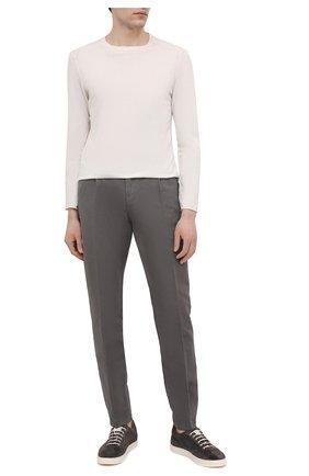 Мужские брюки из хлопка и льна CRUCIANI серого цвета, арт. CU27.730/B   Фото 2