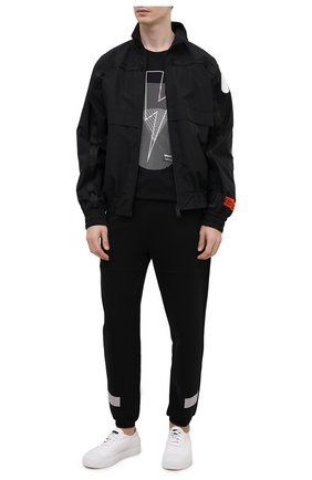 Мужская хлопковая футболка NEIL BARRETT черного цвета, арт. PBJT913S/Q532S | Фото 2