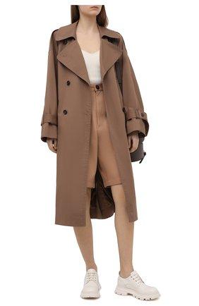 Женская кожаные ботинки ALEXANDER MCQUEEN белого цвета, арт. 657568/WHZ80 | Фото 2 (Материал внешний: Кожа; Материал внутренний: Натуральная кожа; Подошва: Платформа; Каблук высота: Низкий)