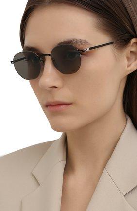 Женские солнцезащитные очки MYKITA черного цвета, арт. WATARU/SILVER/BLACK/GREY S0LID 052 | Фото 2 (Оптика Гендер: оптика-унисекс; Тип очков: С/з; Очки форма: Круглые)