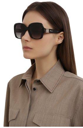 Женские солнцезащитные очки CHOPARD темно-серого цвета, арт. 288S 721 | Фото 2
