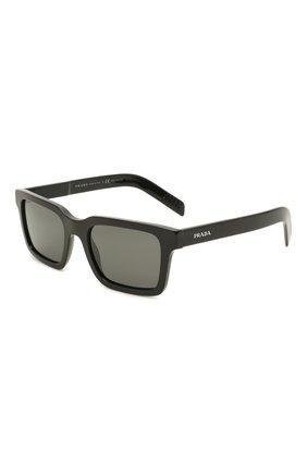 Мужские солнцезащитные очки PRADA черного цвета, арт. 06WS-1AB08G | Фото 1 (Тип очков: С/з; Оптика Гендер: оптика-мужское; Очки форма: Прямоугольные)