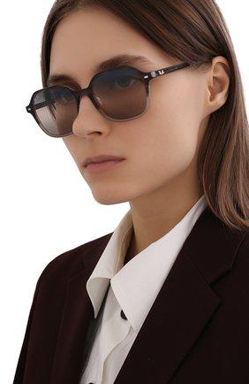 Женские солнцезащитные очки RAY-BAN серого цвета, арт. 2194-1326GE | Фото 2