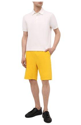 Мужские хлопковые шорты KNT желтого цвета, арт. UMM0107 | Фото 2 (Материал внешний: Хлопок; Принт: Без принта; Кросс-КТ: Трикотаж; Стили: Спорт-шик)
