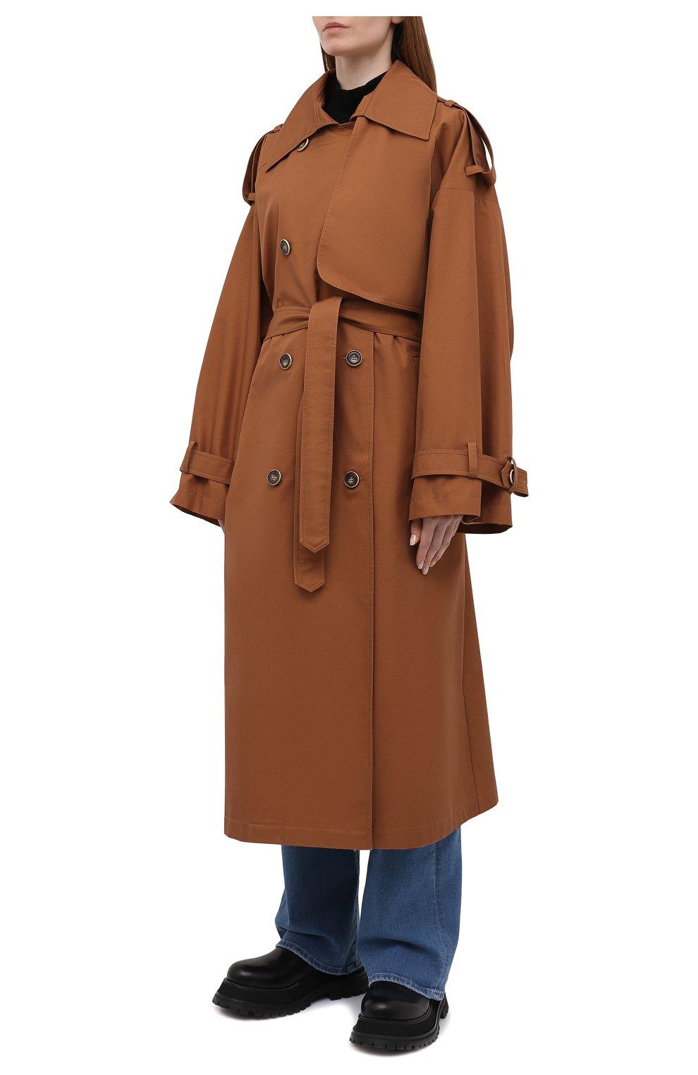 Женский двубортный тренч LESYANEBO коричневого цвета, арт. SS21/Н-465_9 | Фото 3 (Рукава: Длинные; Материал внешний: Синтетический материал, Хлопок; Длина (верхняя одежда): Длинные; Стили: Кэжуэл)