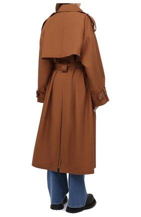 Женский двубортный тренч LESYANEBO коричневого цвета, арт. SS21/Н-465_9 | Фото 4 (Рукава: Длинные; Материал внешний: Синтетический материал, Хлопок; Длина (верхняя одежда): Длинные; Стили: Кэжуэл)