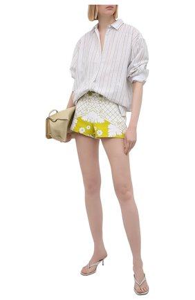 Женские шорты VALENTINO желтого цвета, арт. VB3RF1F969L | Фото 2 (Длина Ж (юбки, платья, шорты): Мини; Материал внешний: Растительное волокно; Стили: Романтичный; Женское Кросс-КТ: Шорты-одежда)