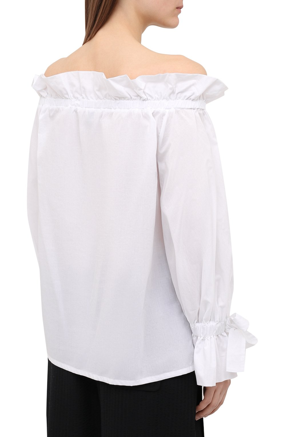 Женский хлопковый топ SARA ROKA белого цвета, арт. ISIDE/02-S21 | Фото 4 (Длина (для топов): Стандартные; Материал внешний: Хлопок; Стили: Спорт-шик; Рукава: 3/4; Кросс-КТ: с рукавом)