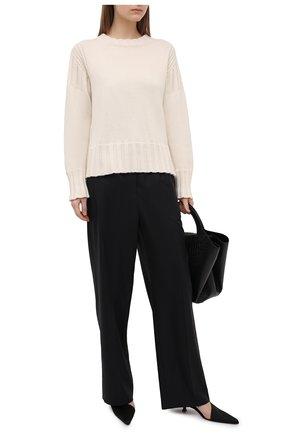 Женский кашемировый свитер JIL SANDER светло-бежевого цвета, арт. JPPS759521-WSY10028 | Фото 2 (Рукава: Длинные; Длина (для топов): Стандартные; Стили: Кэжуэл; Материал внешний: Шерсть, Кашемир; Женское Кросс-КТ: Свитер-одежда)