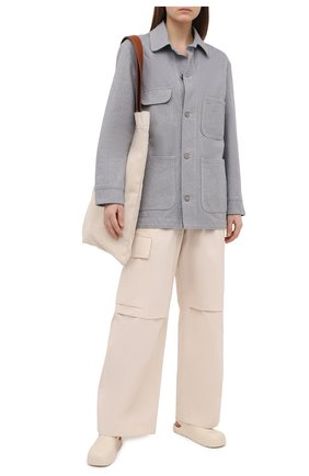 Женские хлопковые брюки JIL SANDER бежевого цвета, арт. JPPS310705-WS242600 | Фото 2 (Длина (брюки, джинсы): Стандартные; Стили: Кэжуэл; Материал внешний: Хлопок; Силуэт Ж (брюки и джинсы): Расклешенные; Женское Кросс-КТ: Брюки-одежда)
