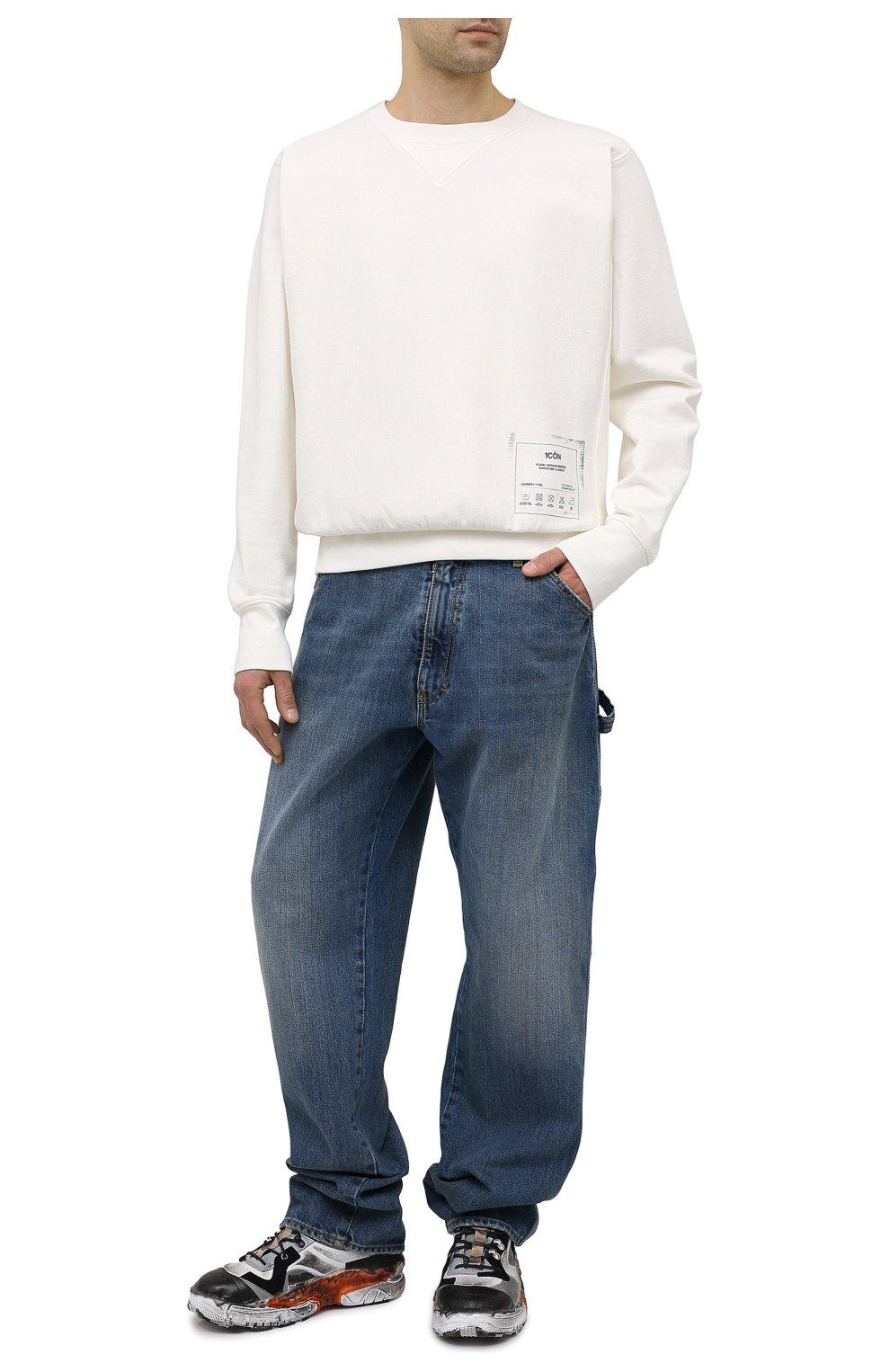 Мужской хлопковый свитшот MAISON MARGIELA белого цвета, арт. S50GU0153/S25508 | Фото 2 (Рукава: Длинные; Длина (для топов): Стандартные; Стили: Гранж; Принт: С принтом; Мужское Кросс-КТ: свитшот-одежда; Материал внешний: Хлопок)