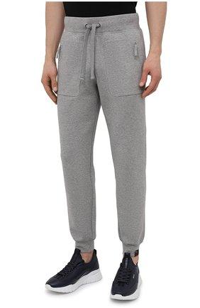 Мужские хлопковые джоггеры ASPESI серого цвета, арт. S1 A AY65 L565 | Фото 3 (Мужское Кросс-КТ: Брюки-трикотаж; Длина (брюки, джинсы): Стандартные; Кросс-КТ: Спорт; Материал внешний: Хлопок; Стили: Спорт-шик; Силуэт М (брюки): Джоггеры)