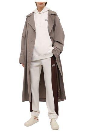 Женские хлопковые брюки GANNI светло-бежевого цвета, арт. T2928 | Фото 2