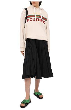 Женский хлопковый свитшот GUCCI светло-бежевого цвета, арт. 615061/XJCKX | Фото 2 (Рукава: Длинные; Материал внешний: Хлопок; Стили: Спорт-шик; Женское Кросс-КТ: Худи-одежда, Свитшот-одежда; Длина (для топов): Удлиненные)