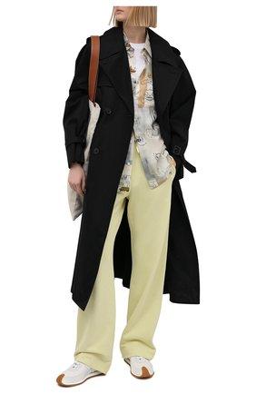 Женские хлопковые брюки DRIES VAN NOTEN желтого цвета, арт. 211-11164-2629 | Фото 2 (Длина (брюки, джинсы): Стандартные; Материал внешний: Хлопок; Женское Кросс-КТ: Брюки-одежда; Стили: Спорт-шик; Силуэт Ж (брюки и джинсы): Широкие)
