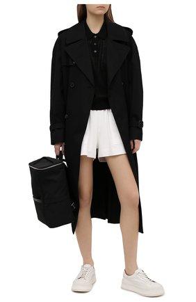 Женские хлопковые шорты DRIES VAN NOTEN белого цвета, арт. 211-11120-2603   Фото 2 (Материал внешний: Хлопок; Длина Ж (юбки, платья, шорты): Мини; Материал подклада: Хлопок; Стили: Спорт-шик; Женское Кросс-КТ: Шорты-одежда)