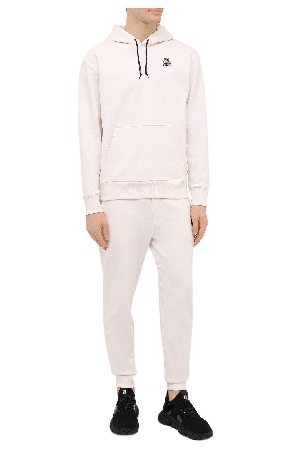 Мужские хлопковые джоггеры HUGO белого цвета, арт. 50452628 | Фото 2 (Мужское Кросс-КТ: Брюки-трикотаж; Длина (брюки, джинсы): Стандартные; Кросс-КТ: Спорт; Материал внешний: Хлопок; Стили: Спорт-шик; Силуэт М (брюки): Джоггеры)