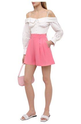 Женские хлопковые шорты REDVALENTINO розового цвета, арт. VR0RFF45/0VU | Фото 2 (Длина Ж (юбки, платья, шорты): Мини; Материал внешний: Хлопок; Женское Кросс-КТ: Шорты-одежда; Стили: Кэжуэл)