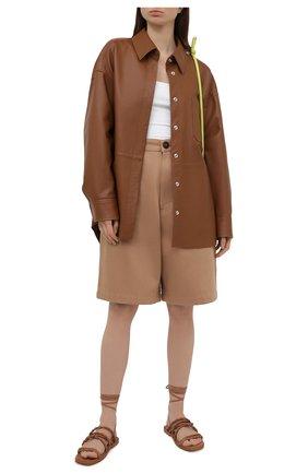 Женские кожаные сандалии calypso STUART WEITZMAN коричневого цвета, арт. S0998 | Фото 2