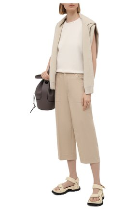Женские хлопковые брюки MONCLER бежевого цвета, арт. G1-093-2A749-00-54AUL | Фото 2