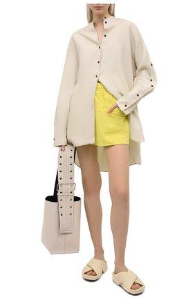 Женские хлопковые шорты DRIES VAN NOTEN желтого цвета, арт. 211-11120-2603   Фото 2