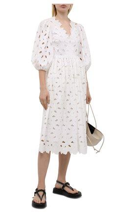 Женское платье REDVALENTINO белого цвета, арт. VR0VA17P/5TB   Фото 2 (Длина Ж (юбки, платья, шорты): Миди; Материал подклада: Хлопок; Рукава: 3/4; Материал внешний: Хлопок, Синтетический материал; Стили: Бохо; Женское Кросс-КТ: Платье-одежда; Случай: Повседневный)