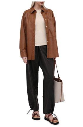 Женские кожаные шлепанцы LOEWE коричневого цвета, арт. L814465X05   Фото 2 (Подошва: Платформа; Материал внутренний: Натуральная кожа)