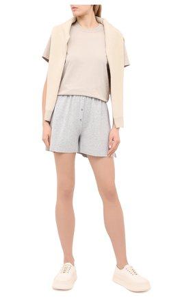 Женские шорты из вискозы FREEAGE серого цвета, арт. W22.SR001.7080.901 | Фото 2