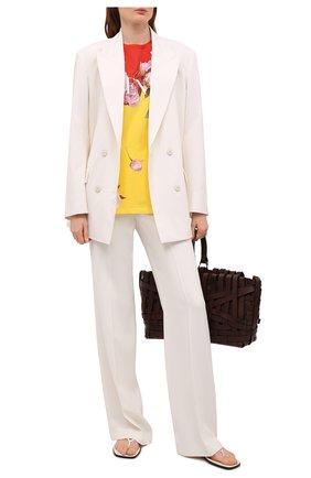 Женская хлопковая футболка VALENTINO разноцветного цвета, арт. VB0MG13G6F9 | Фото 2